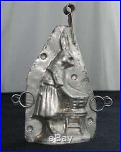Antique Tin Chocolate Mold Rabbit Bunny Doing Wash
