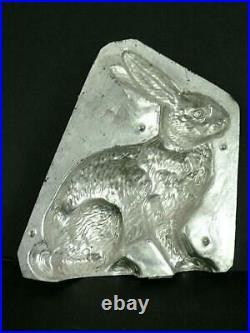 Eppelsheimer 10.5 Big 4746 Sitting Rabbit Antique Chocolate Mold