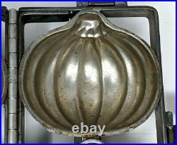 Rare Antique Metal Halloween Jack O Lantern Pumpkin Chocolate Candy Mold KP21